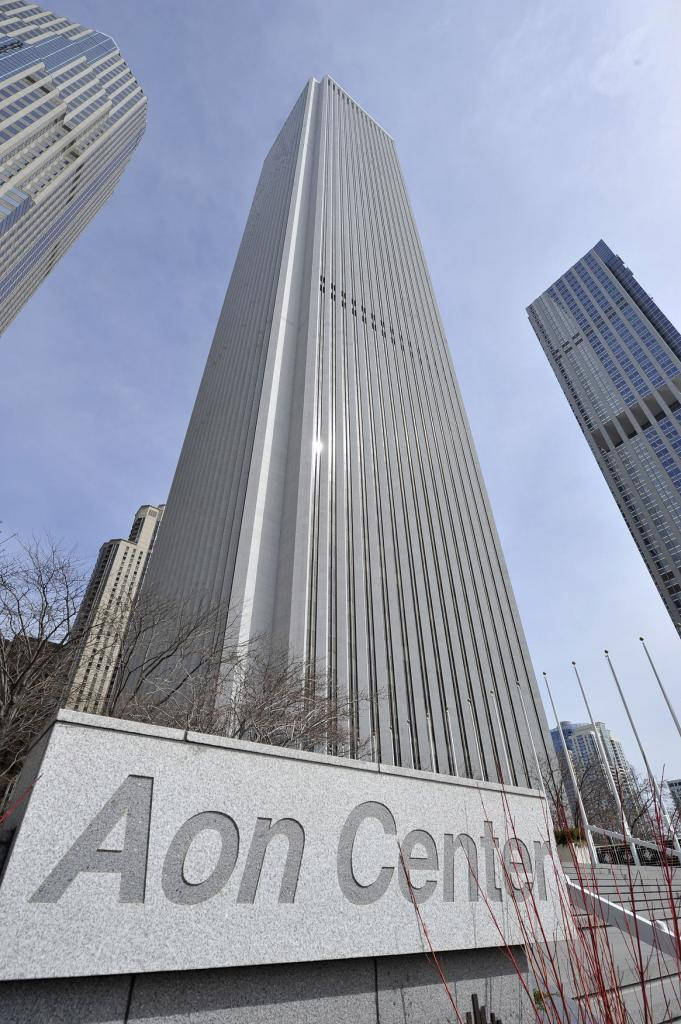 Aon Center. (Photo: upi.com)