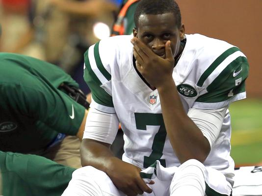 New York Jet QB Geno Smith is on the sidelines to start the NFL season for 6-10 weeks after being punched in practice. (Photo: uncredited)